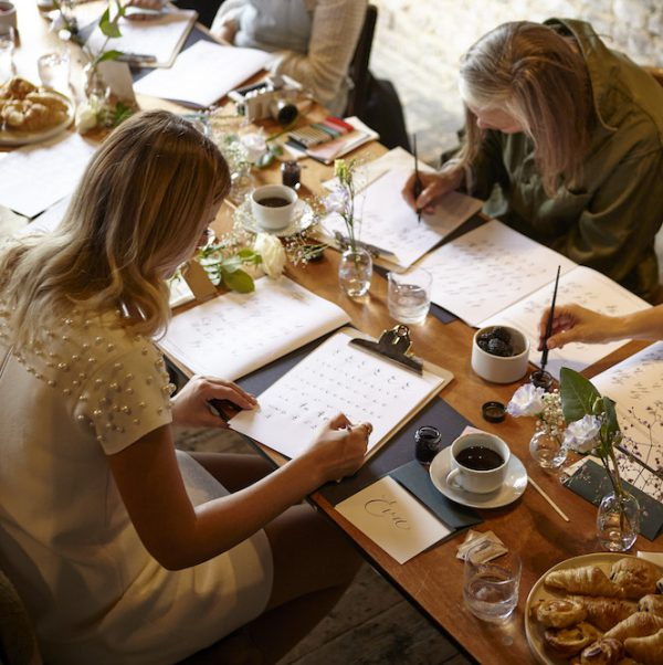 MODERN CALLIGRAPHY CHRISTMAS COURSE FOR BEGINNERS Tuesday 15th December 6:30-8:30pm